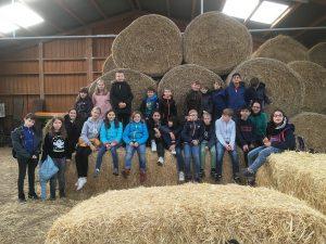 Besuch der 5. Klassen auf dem Schulbauernhof Burgwedel