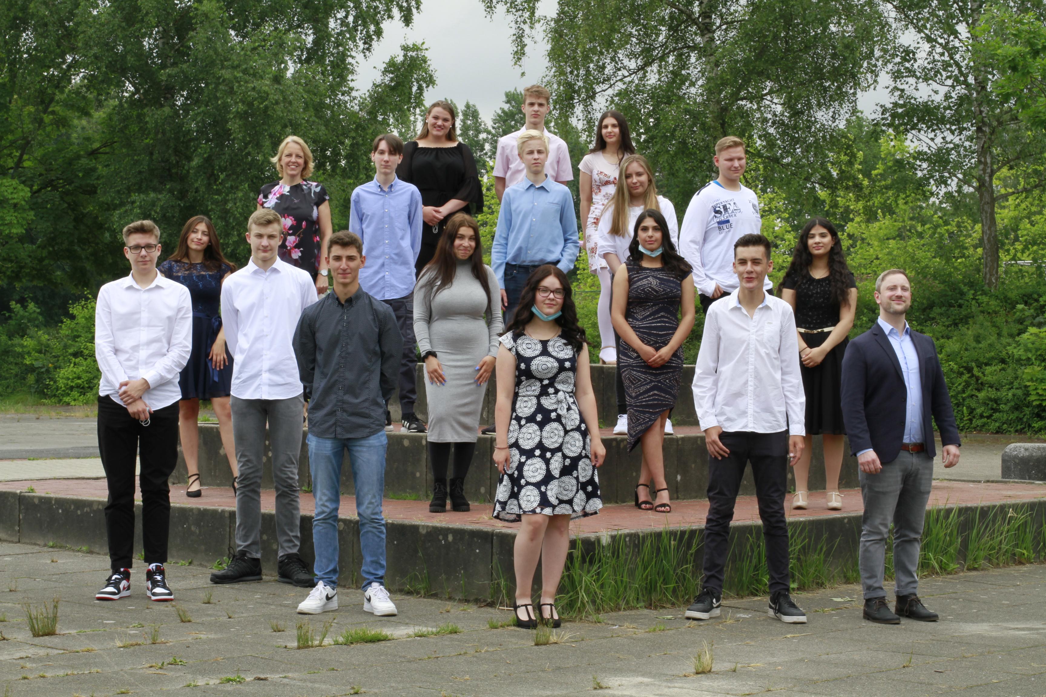 Letzte Oberschüler verabschiedet – Markspiegel berichtet über Abschlussschülerinnen und – schüler